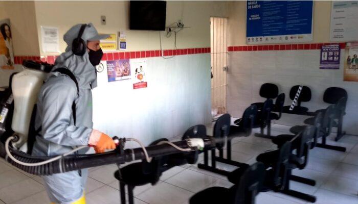 Sanitização de espaços e inspeções colaboram com a proteção da população de Limoeiro
