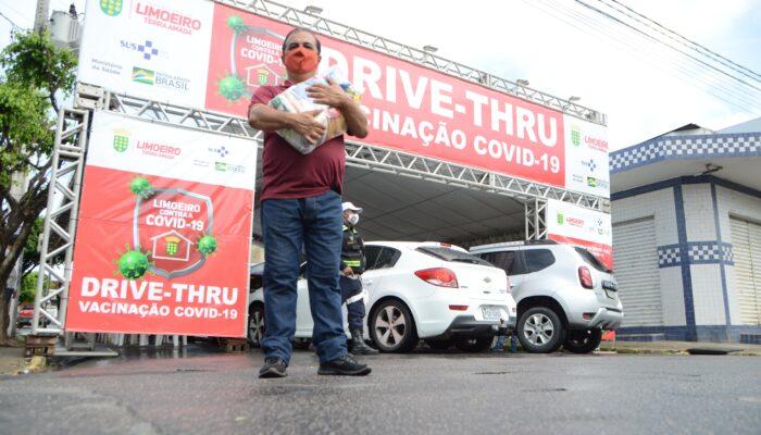 Esperança e solidariedade marcam mais uma etapa da vacinação contra Covid em Limoeiro