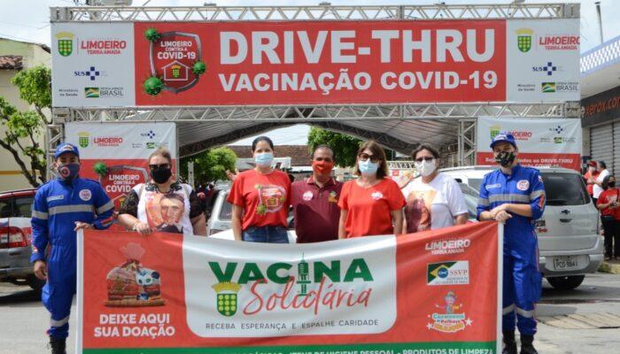 Mais de 1.300 itens são arrecadados na abertura da Campanha Vacina Solidária em Limoeiro